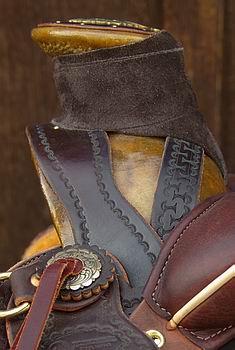 DOA Saddle