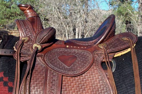 Ladies Astride Saddle