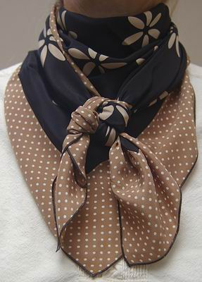 Big Daisy w/Cowboy Brown Dot Combo Scarf #20